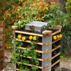 Vertika, Urban Garden Worm...